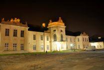 Radzyń Podlaski pałac nocą